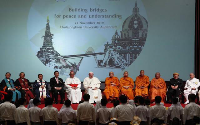 81535_web1_2019-11-22-WEB-Pope_Thai_religious_leaders